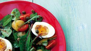 Thumb potato nicoise salad