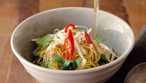 Thumb_vietnamese_noodle_soup