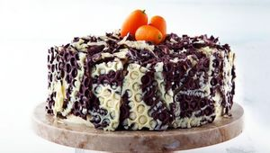 Thumb_bubble-wrap-cake