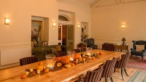 Thumb_edit_virginia_park_lodge_-_autumn_display_1_