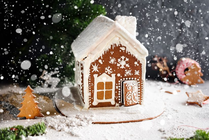 Featured_gingerbread_house_getty