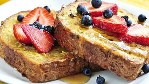 Thumb_frenchtoastwithfruit