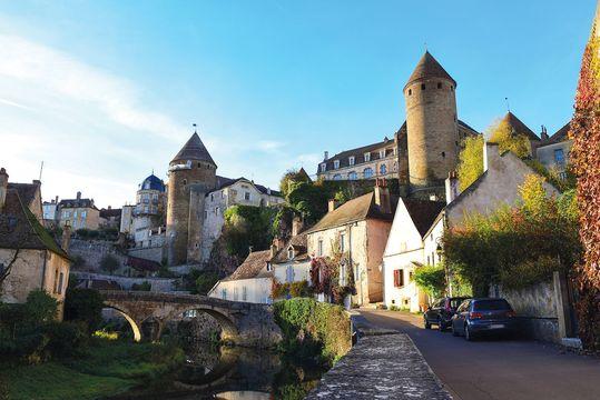 Semur-en-Auxois at the river Armancon
