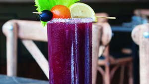 Thumb_dockland_beetroot_bloody_mary_2