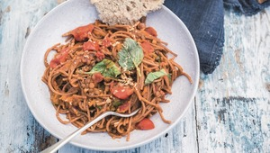 Thumb_one-pot_spag_bol