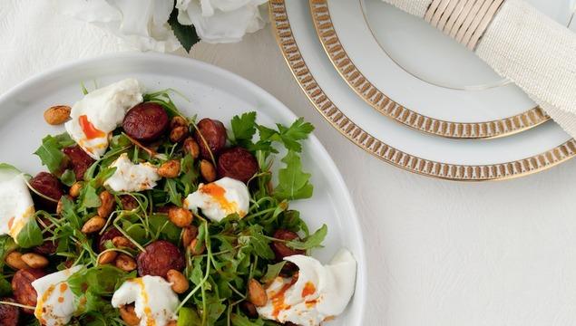 Chorizo, rocket and mozzarella salad