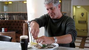 Thumb_bourdain