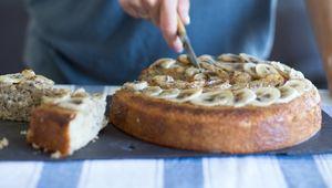 Thumb_banana_and_coconut_cake_finn_main