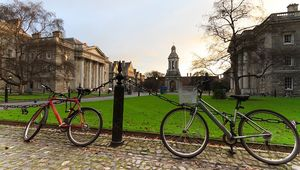 Thumb_dublin-bicycles-trinity-getty