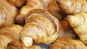 Thumb_croissant-gettyimages-95380176