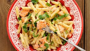 Thumb_salmon_pasta_kish_gettyimages-472715818_edit