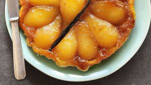 Thumb_pear_tarte_tatin_gettyimages-486517582_insta