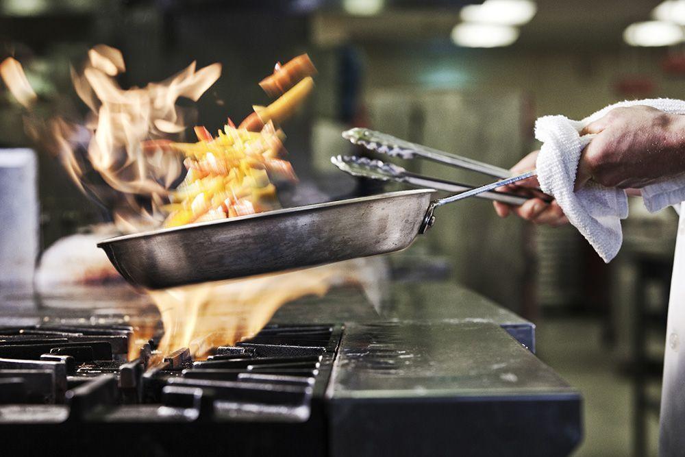 Kitchen-restaurant-gettyimages-945578702