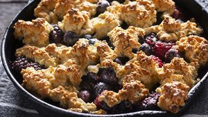 Thumb_blackberry_cobbler_gettyimages-1065274288_edit