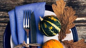 Thumb_table_setting_gettyimages-591392035_edit_
