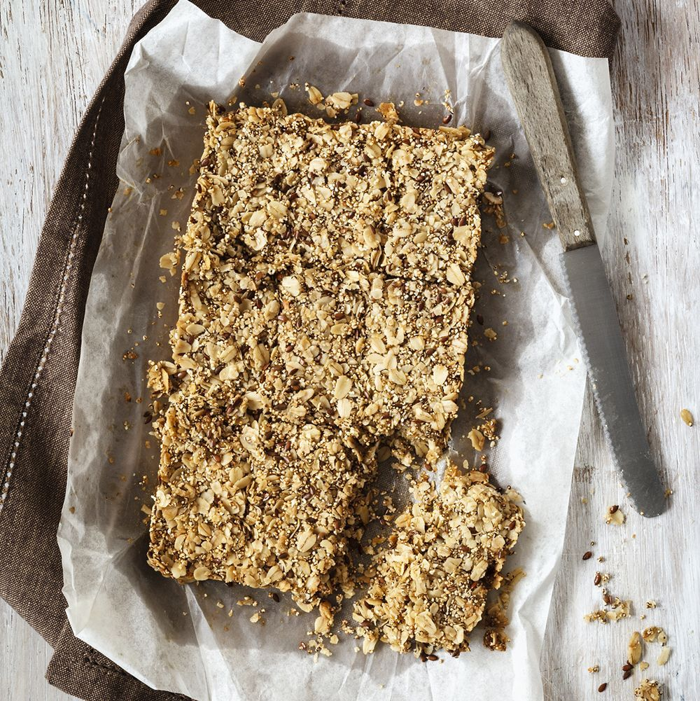 Muesli_bars_gettyimages-668763129_edit