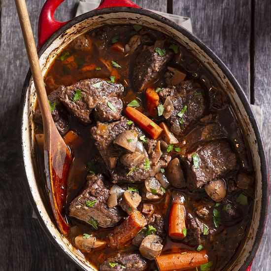 Featured_beef_bourgignon_gettyimages-1068118348_edit_