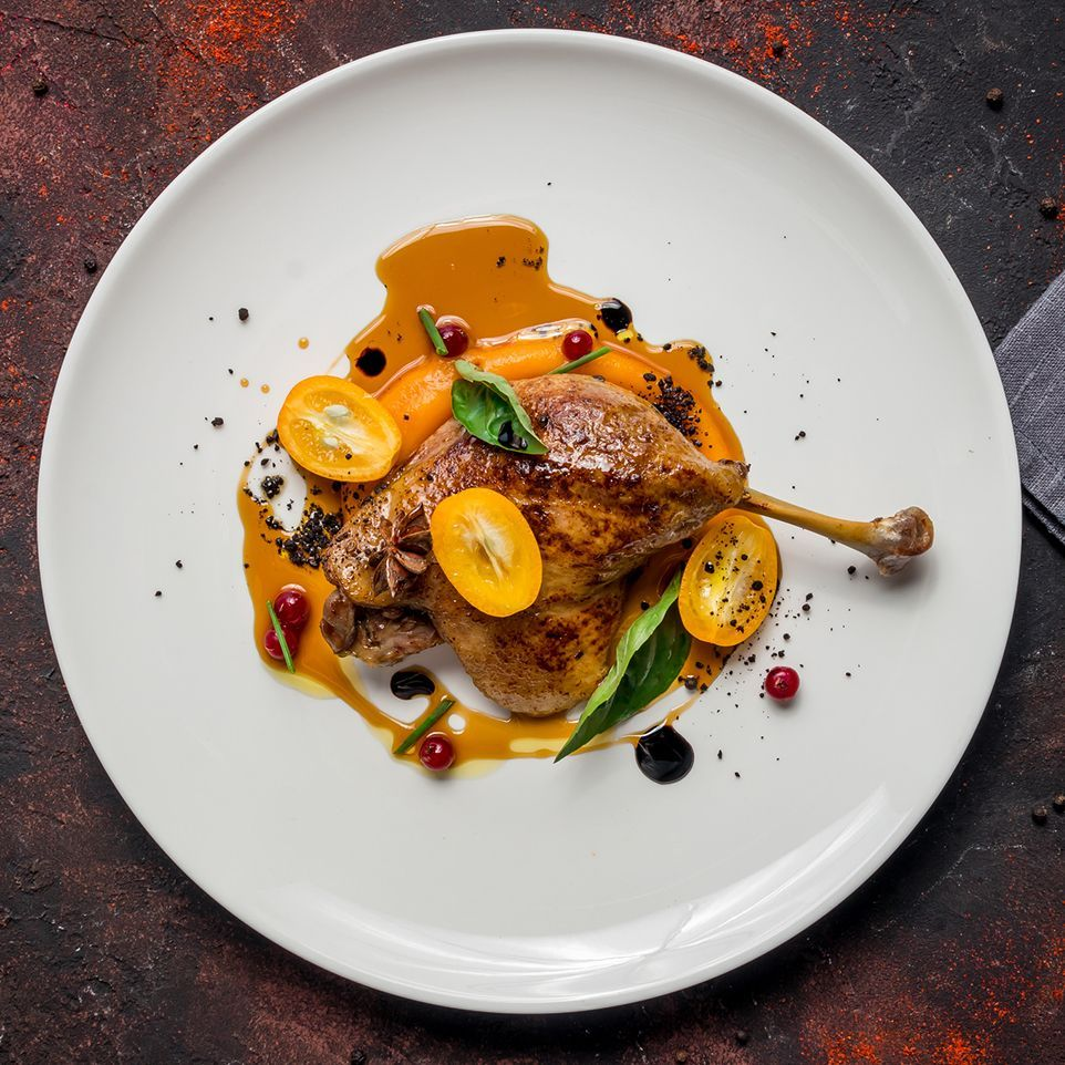 Duck_leg_on_plate_gettyimages-1150368715_edit