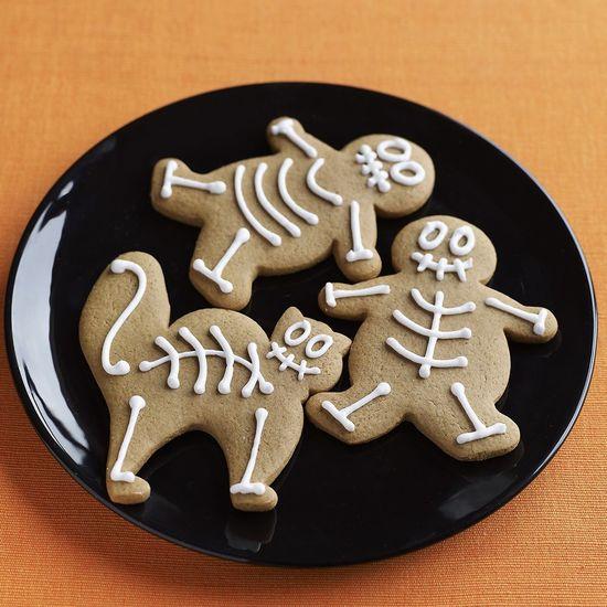 Featured skeleton cookies gettyimages 111648338 edit 1