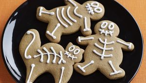 Thumb_skeleton_cookies_gettyimages-111648338_edit_1