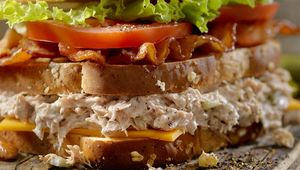 Thumb_club_sandwich_gettyimages-896408898_main_edit