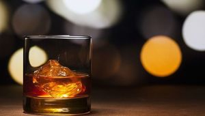 Thumb whiskey gettyimages 1091695058