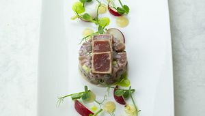 Thumb_tuna_tartare__gooseberry_puree__dill_oil__pickled_radishes_and_pea_shoots__3_