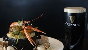 Thumb_guinness_fish_pie_with_pint