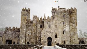 Thumb_kilkea_castle_snow_edit_with_logo