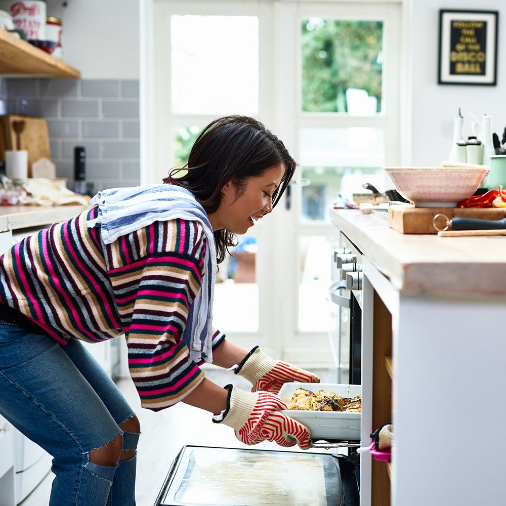 Cooking_gettyimages-1153698204_edit