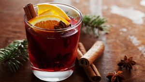 Thumb mulled wine getty flip