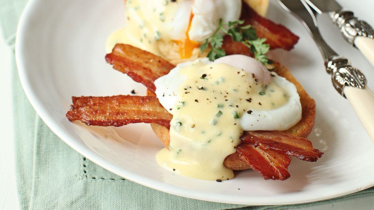Eggs_benedict_main