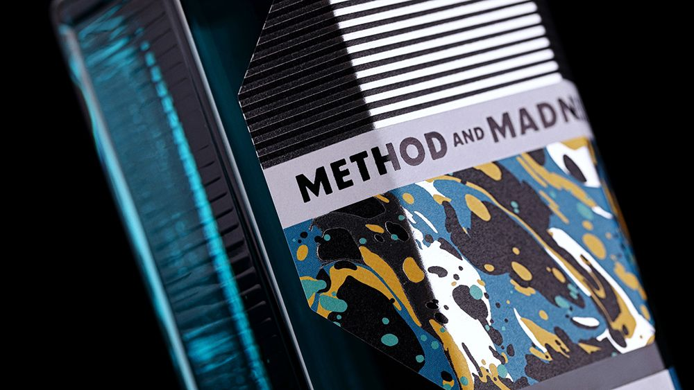 Main_method_and_madness_irish_micro_distilled_gin_2