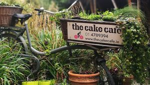 Thumb_cake_cafe_main_