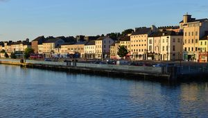 Thumb_getty_waterford_main