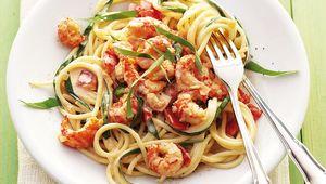 Thumb wild garlic prawn spaghetti hugo arnold shutterstock
