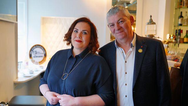 Jess Murphy with Artie Clifford, chairman of Blas na hÉireann.
