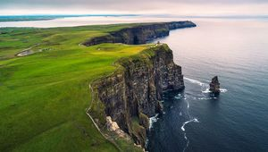 Thumb getty cliffs of moher main
