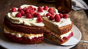 Thumb_peanut_butter_jelly_cake_main