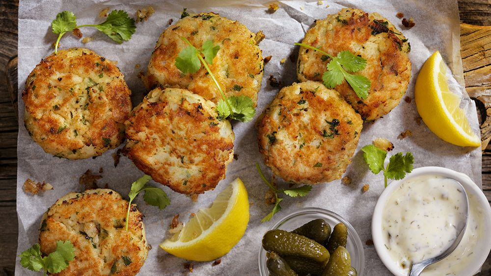 Crab_cakes_gettyimages-645780408_main
