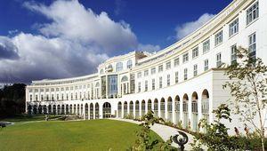 Thumb_powerscourt_hotel_-_exterior_hi_res_main