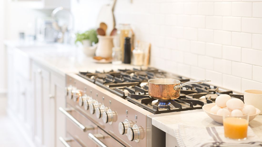 Kitchen_gettyimages-922707902_main