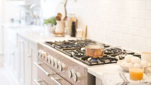Thumb_kitchen_gettyimages-922707902_main