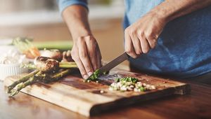 Thumb_what_to_cook_june_gettyimages-883982336_main
