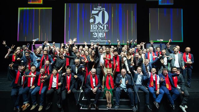 The 2019 winners at the World\'s 50 Best ceremony in Singapore today.