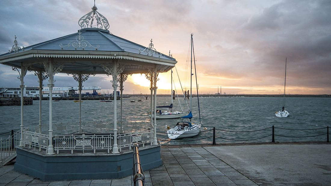 Dun_laoghaire_gettyimages-170252251_main