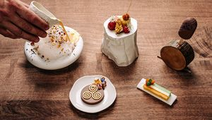 Thumb_dessert_collection_cliff_house_hotel_main