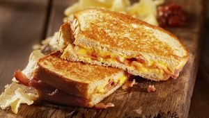 Thumb toastie gettyimages 488910882 main