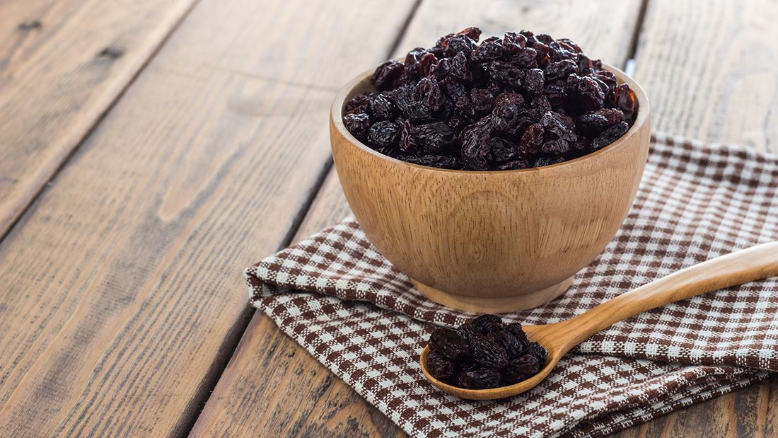 Raisins_in_bowl_gettyimages-637347902_main