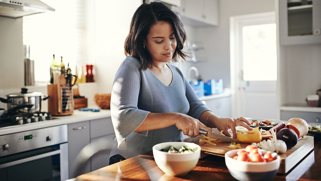 Cooking_gettyimages-892674198_main